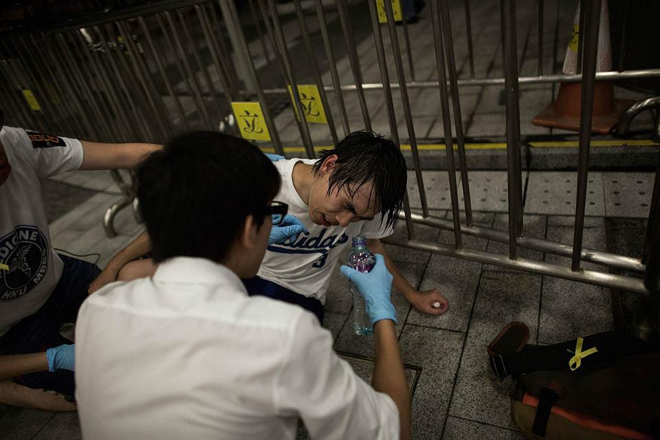 10635946_501933683276620_8114479271933330797_n  爭民主!香港學生遭警方強力清場 10635946 501933683276620 8114479271933330797 n