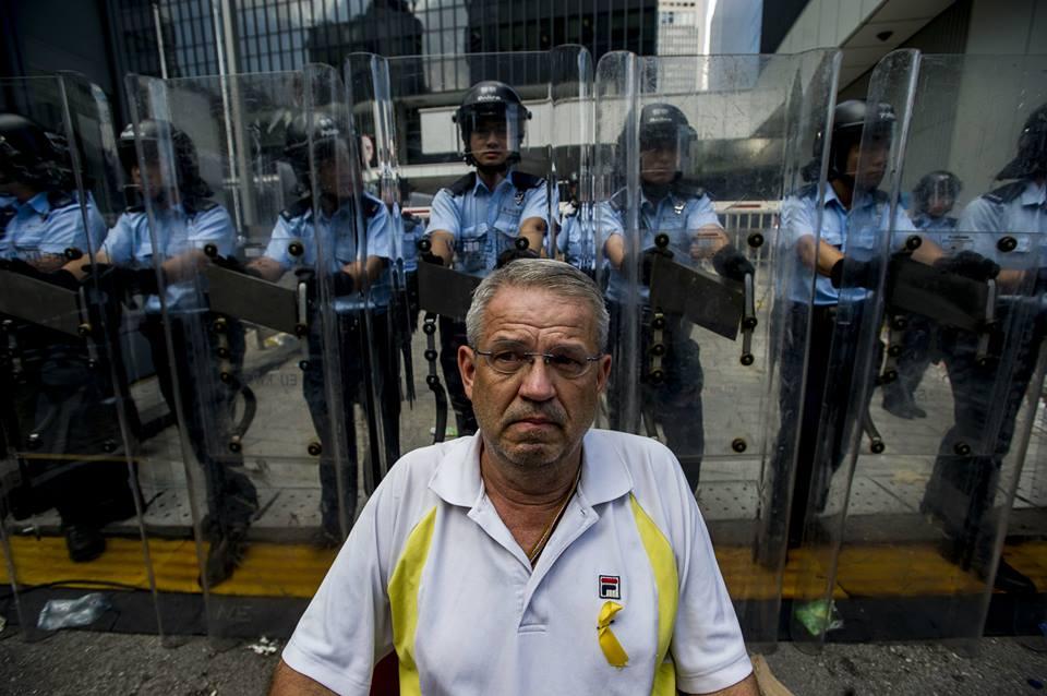 10689603_502027413267247_4570770798854759542_n  爭民主!香港學生遭警方強力清場 10689603 502027413267247 4570770798854759542 n