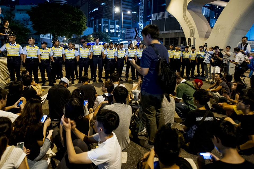 10711132_501932766610045_6087823888970628350_n  爭民主!香港學生遭警方強力清場 10711132 501932766610045 6087823888970628350 n