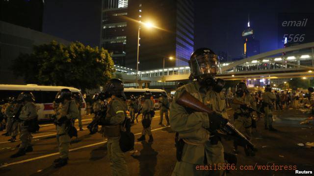 4820DDE3-6BBE-45BA-B133-4C1E20FF0775_w640_r1_s  爭民主!香港學生遭警方強力清場 4820DDE3 6BBE 45BA B133 4C1E20FF0775 w640 r1 s