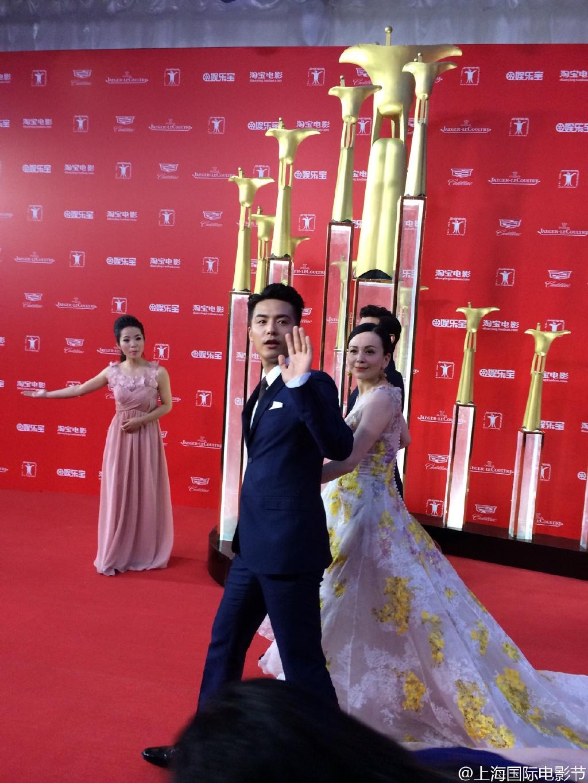 65116c8djw1et2p03geh1j21w02iou0x 第十八屆上海國際電影節 開幕式星光大道 第十八屆上海國際電影節 開幕式星光大道 65116c8djw1et2p03geh1j21w02iou0x