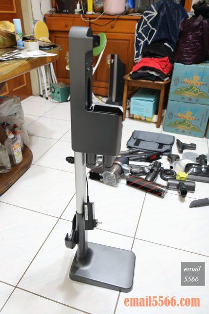 LG CordZero™ A9+濕拖無線吸塵器-收納充電座站立式