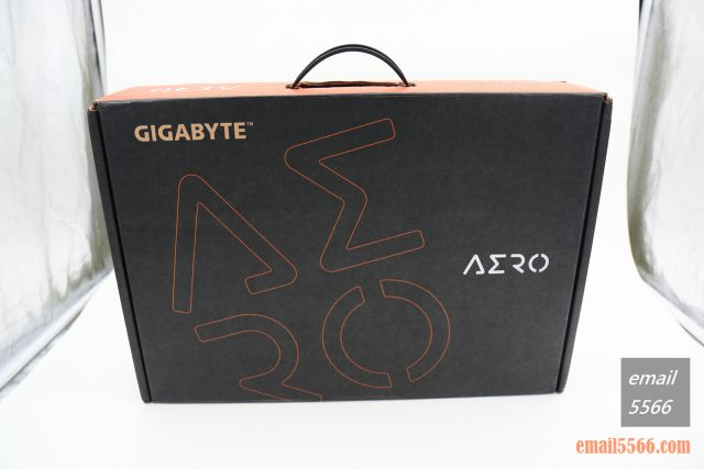 GIGABYTE AERO 15 X9 AI智慧筆電-外箱包裝