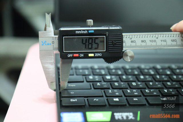 GIGABYTE AERO 15 X9 AI智慧筆電-鍵盤窄邊框設計