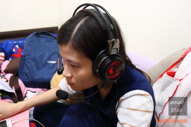 XPG PRECOG 預知者 電競耳機-Elly配戴麥克風 xpg precog XPG PRECOG 預知者 電競耳機 開箱-FPS、虛擬7.1、多種連接埠、Hi-Res Audio IMG 5082 640x427
