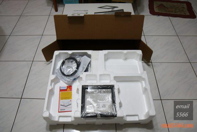 PHILIPS 飛利浦32吋曲面4K高畫質顯示器開箱-內層 philips PHILIPS 飛利浦 328E1C 32吋曲面4K高畫質顯示器開箱-Ultra HD 4K、VA、1500R IMG 5263 640x427