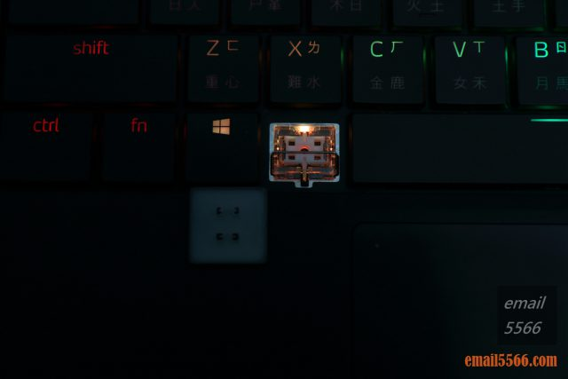 XPG XENIA女武神薩尼亞 電競筆電 1660Ti 開箱-光軸全鍵RGB