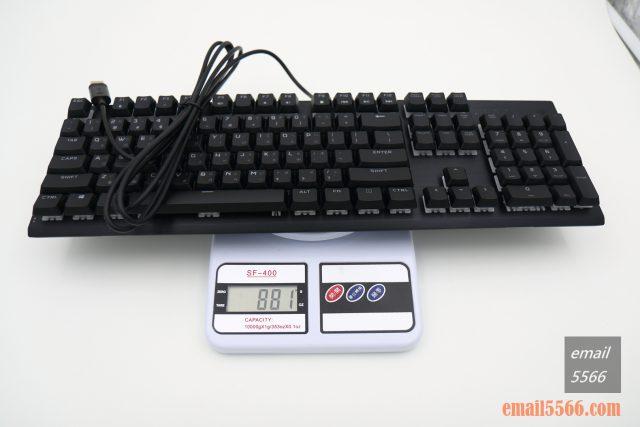 海盜船 CORSAIR K60 RGB PRO機械電競鍵盤 開箱-窄身 RGB CHERRY VIOLA軸-鍵盤重量881公克