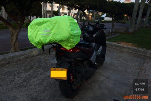 樂奇重機可變形後尾包-重機露營旅行袋-內附螢光黃雨套