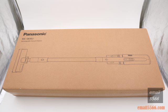 Panasonic MC-SB30J 無線吸塵器-極致輕巧1.6kg、女性/小朋友 輕鬆打掃-包裝相當簡單樸素但紙盒厚實