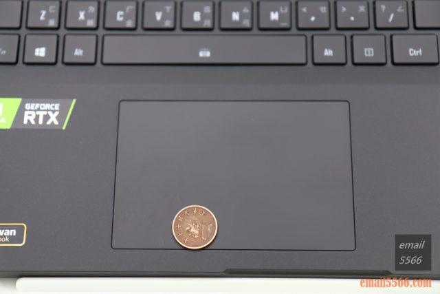 技嘉 AORUS 15P 極速神鷹 電競筆電 開箱-3080顯卡電競、360Hz螢幕更新-觸控板