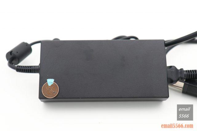 技嘉 AORUS 15P 極速神鷹 電競筆電 開箱-3080顯卡電競、360Hz螢幕更新-專用變壓器