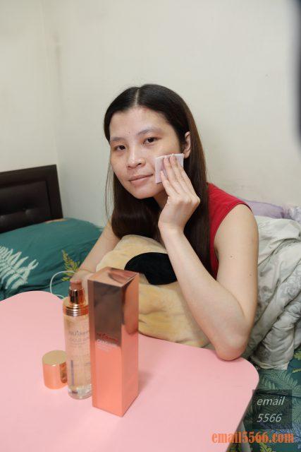 台灣製造 NU+derma-金采極緻晶凍凝露 拯救乾燥危肌-化妝水倒入手心輕按臉上幫助化妝水吸收