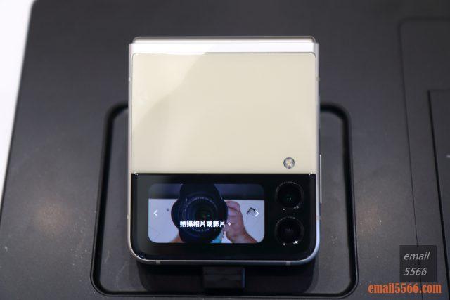 2021 三星最新旗艦摺疊Galaxy Z Fold3/Flip3 雙旗艦體驗會-Galaxy Z Flip3 封面螢幕搭載1.9吋Super AMOLED