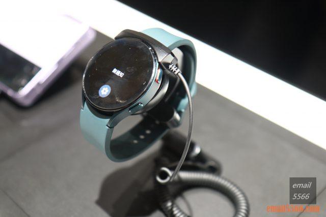 全新智慧手錶 Galaxy Watch4